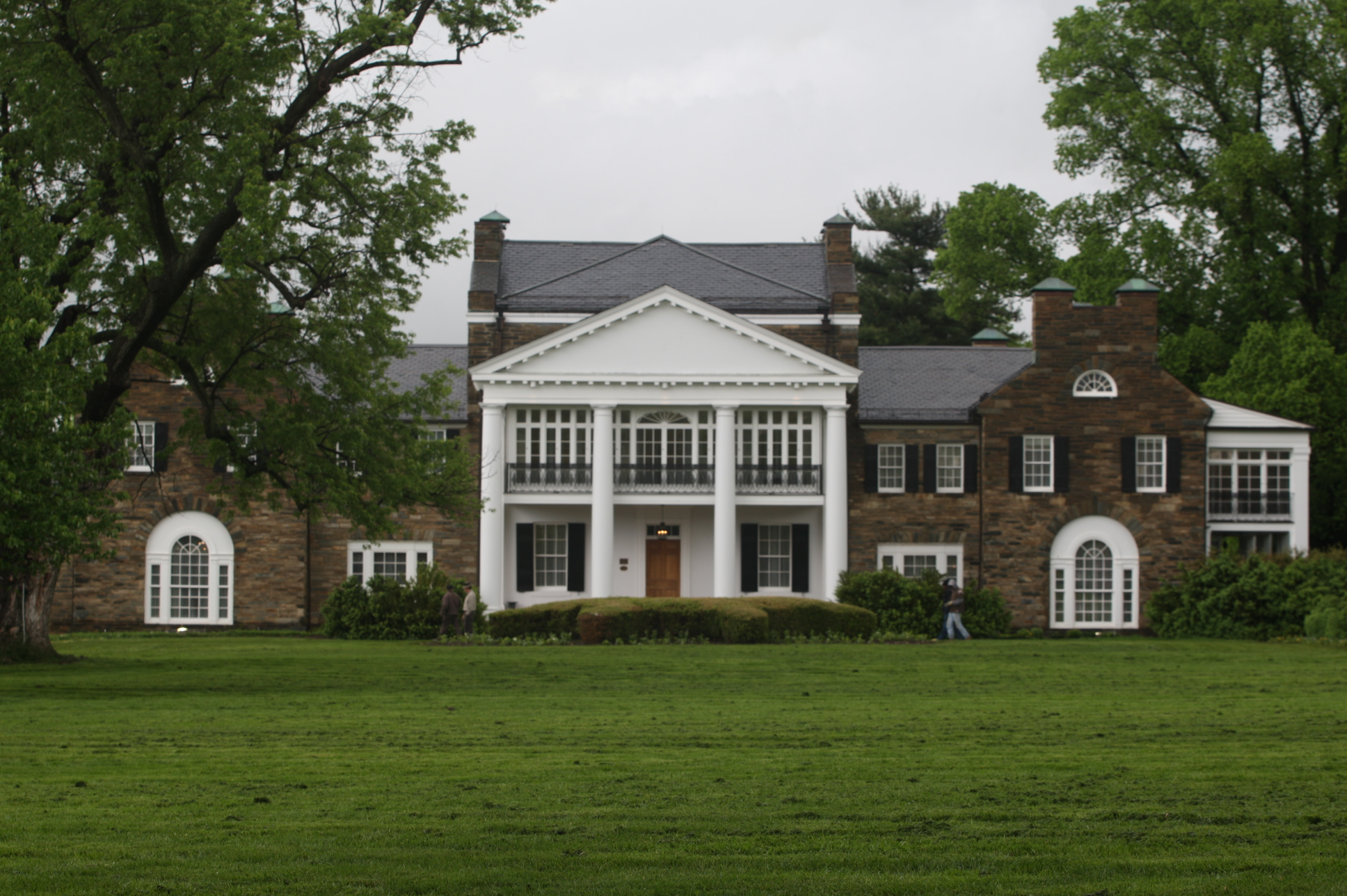 Glenview Mansion exterior